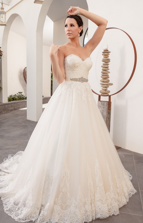 4258 Wedding dress by Christina Rossi