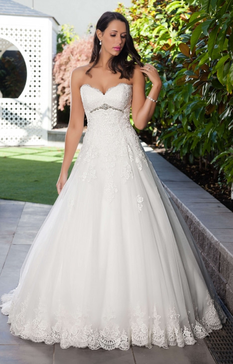 4290 Wedding dress by Christina Rossi