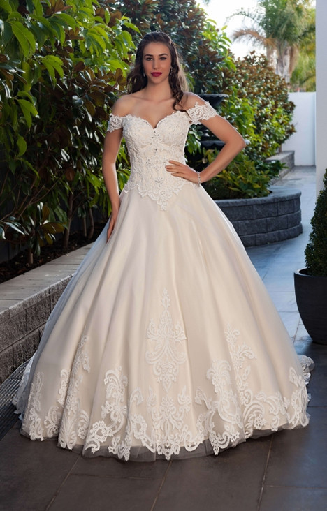 4295 Wedding                                          dress by Christina Rossi