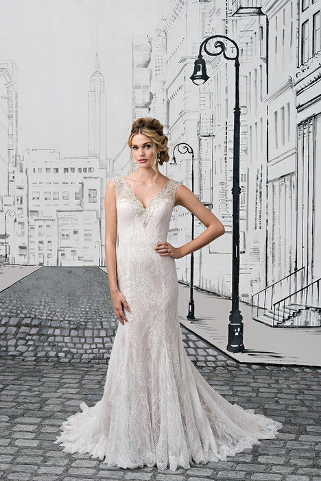 Style 8882 gown from the 2017 Justin Alexander collection, as seen on dressfinder.ca