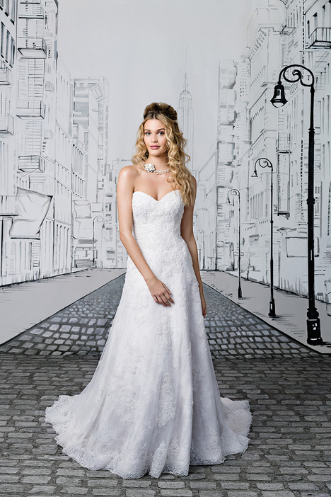 Style 8891 gown from the 2017 Justin Alexander collection, as seen on dressfinder.ca