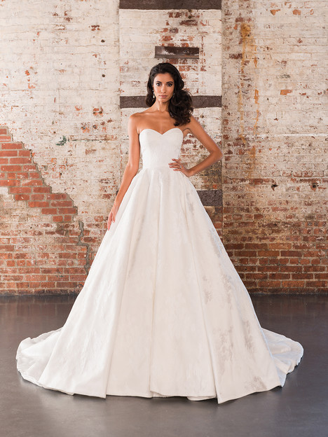 9858 Wedding                                          dress by Justin Alexander Signature