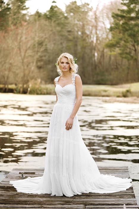 6447 Wedding                                          dress by Lillian West