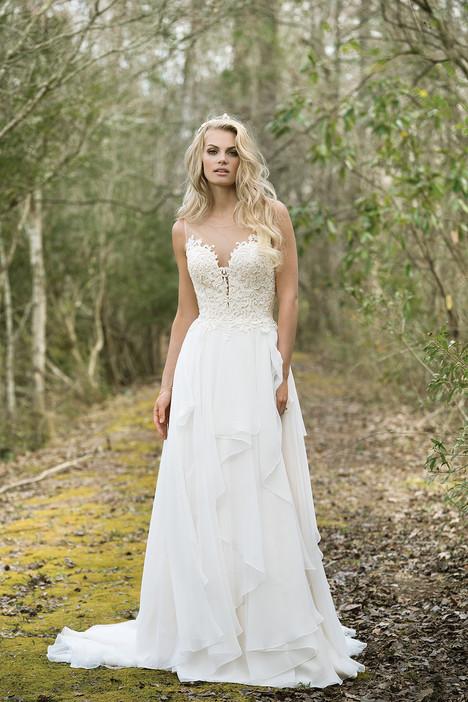 6449 Wedding                                          dress by Lillian West