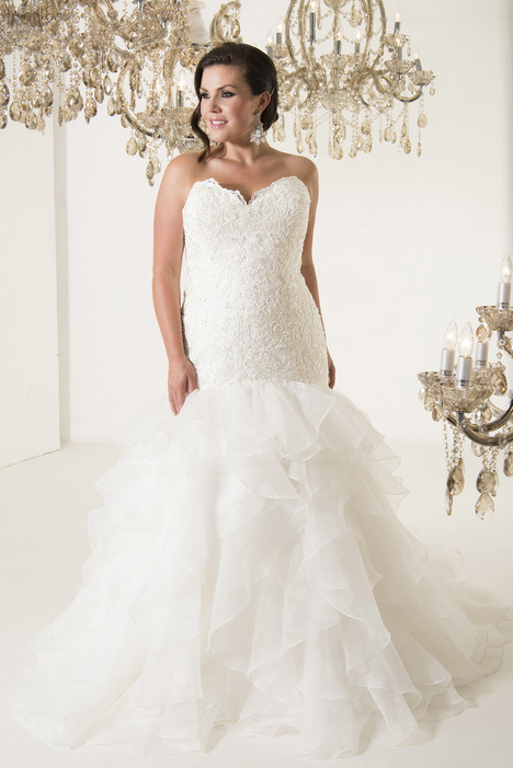 Leonardo Wedding                                          dress by Callista