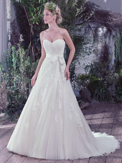 Lindsey gown from the 2016 Maggie Sottero collection, as seen on dressfinder.ca