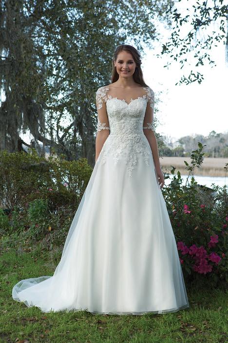6191 Wedding                                          dress by Sweetheart