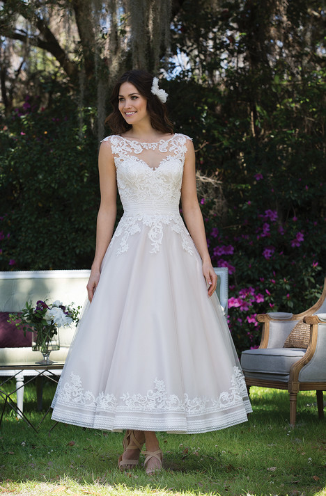 3935 Wedding                                          dress by Sincerity