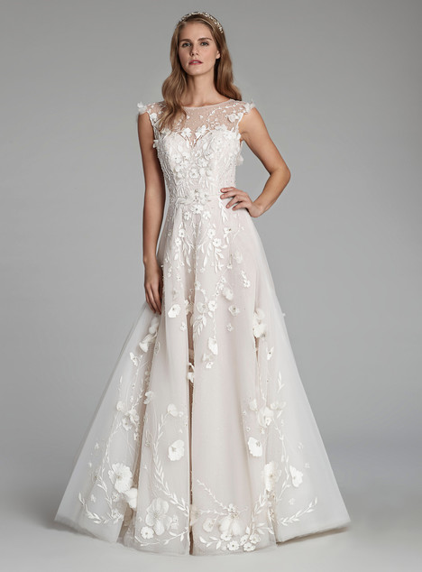 9713 Wedding                                          dress by Alvina Valenta