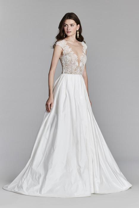 8704 Wedding                                          dress by Jim Hjelm