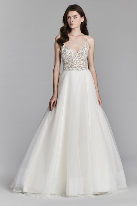 8706 Wedding                                          dress by Jim Hjelm