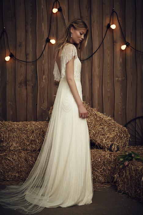 Dolly (JPB633) (ivory) Wedding                                          dress by Jenny Packham