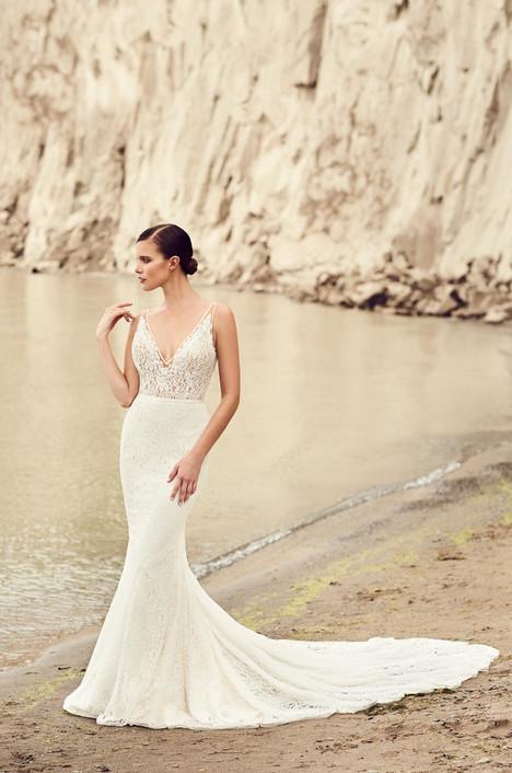 2100 Wedding                                          dress by Mikaella
