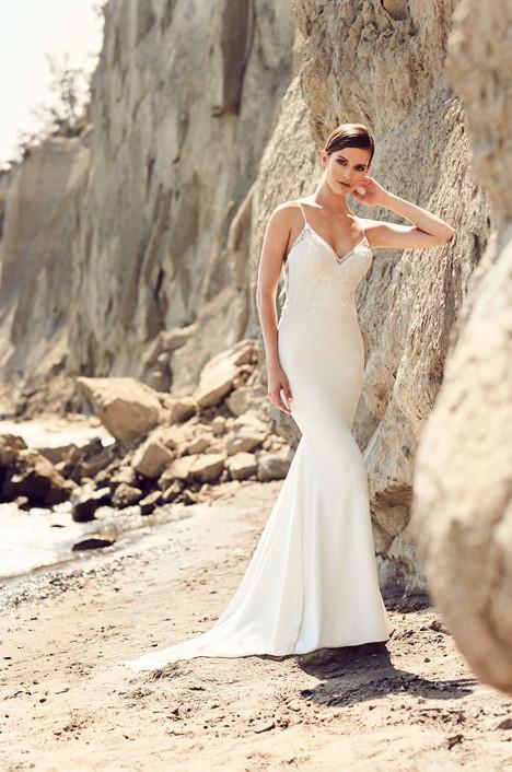 2102 Wedding                                          dress by Mikaella