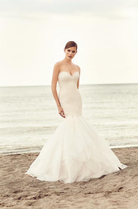 2109 Wedding                                          dress by Mikaella