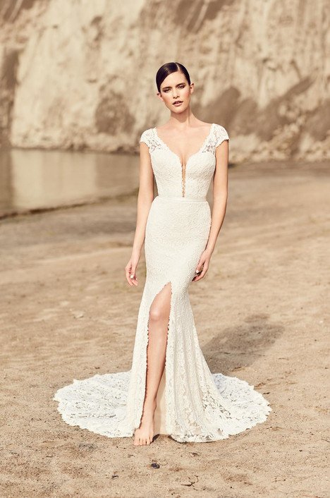 Style 2116 gown from the 2017 Mikaella collection, as seen on dressfinder.ca