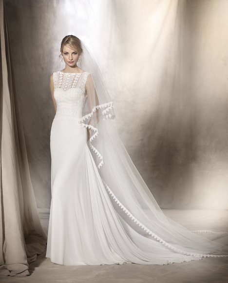 Hanna gown from the 2017 La Sposa collection, as seen on dressfinder.ca