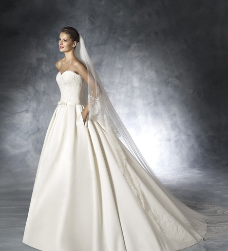 Jade Wedding                                          dress by White One