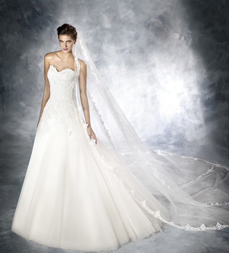 Jadia Wedding                                          dress by White One