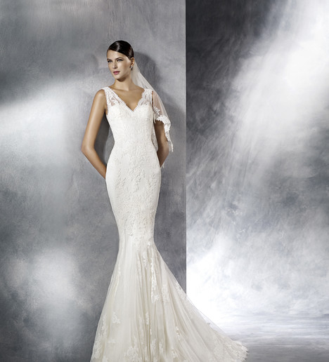 Jasy Wedding                                          dress by White One