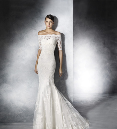Jennifer Wedding                                          dress by White One
