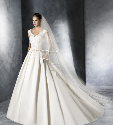 Jenny Wedding                                          dress by White One