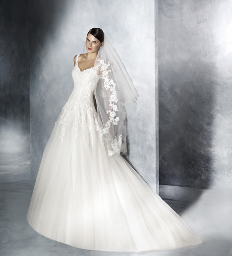 Jiselle Wedding                                          dress by White One