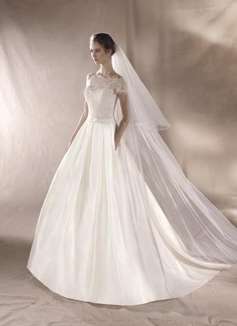 Sami Wedding                                          dress by White One