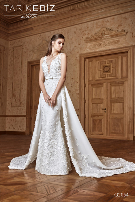 Paris (G2054) gown from the 2017 Tarik Ediz: White collection, as seen on dressfinder.ca