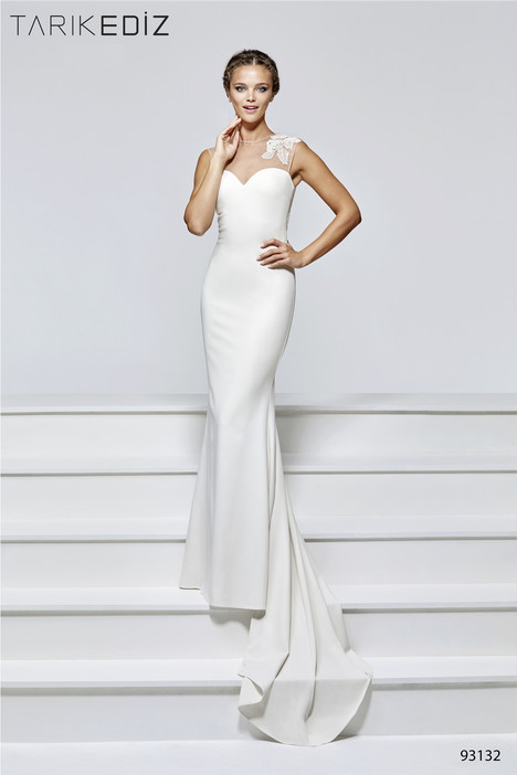 93132 gown from the 2017 Tarik Ediz: Evening Dress collection, as seen on dressfinder.ca