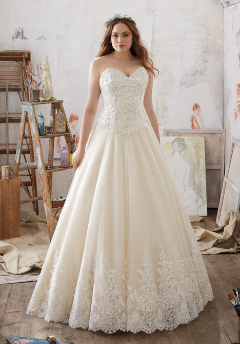 3217 Wedding                                          dress by Mori Lee: Julietta