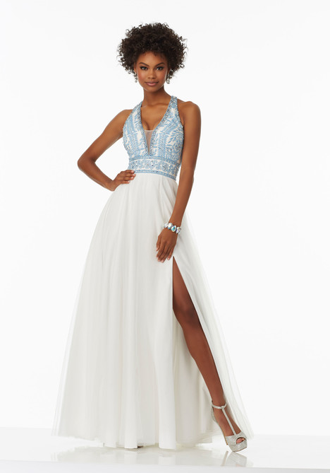 99028 gown from the 2017 Mori Lee Prom collection, as seen on dressfinder.ca