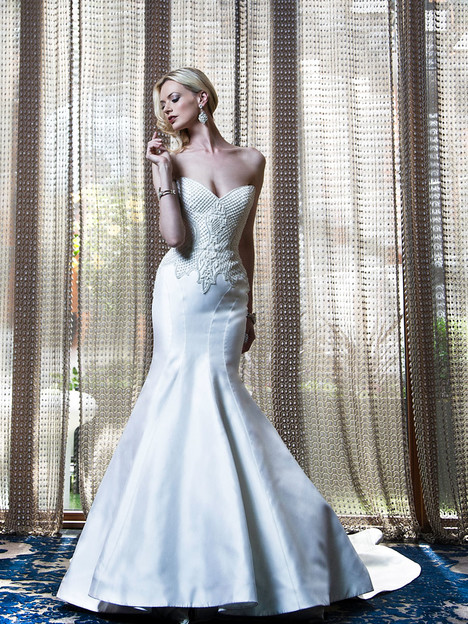 VHC363 Wedding                                          dress by Victor Harper : Couture