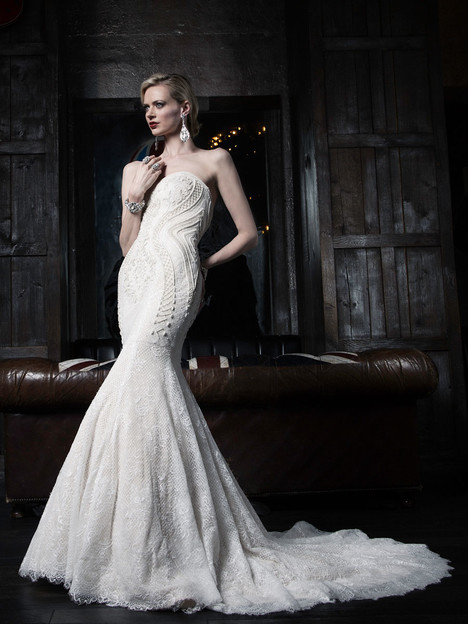 VHC367 Wedding                                          dress by Victor Harper : Couture