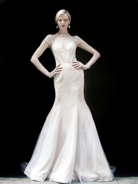 VHC369 Wedding                                          dress by Victor Harper : Couture