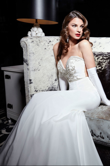 90316 Wedding                                          dress by Simone Carvalli