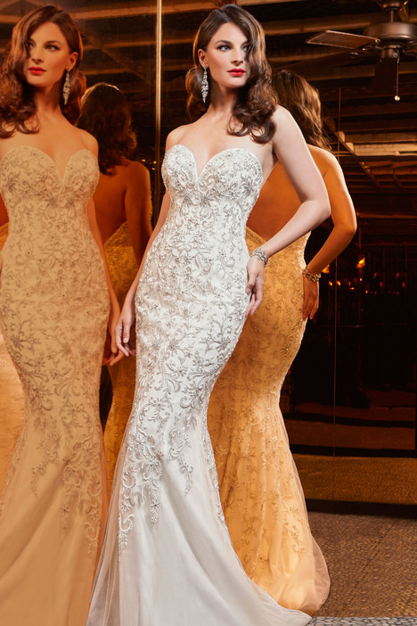 90318 Wedding                                          dress by Simone Carvalli
