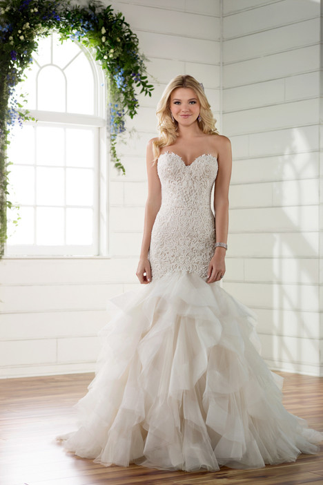 D2258 gown from the 2017 Essense of Australia collection, as seen on dressfinder.ca