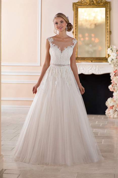 Style 6349 gown from the 2017 Stella York collection, as seen on dressfinder.ca