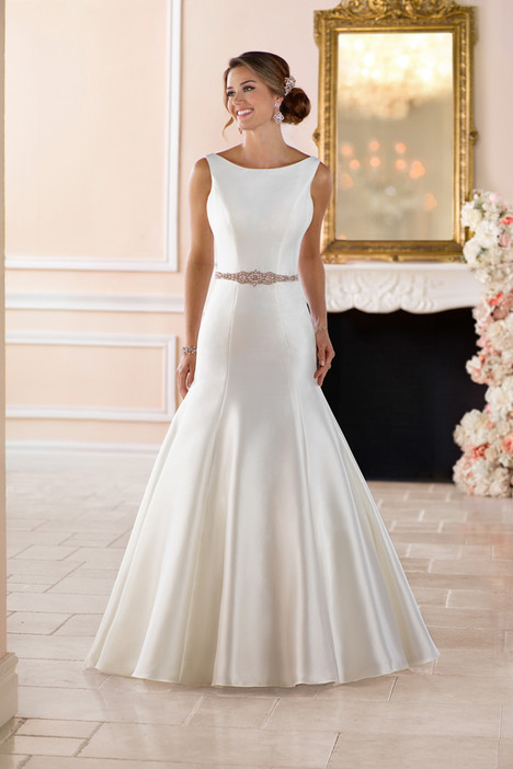 6369 gown from the 2017 Stella York collection, as seen on dressfinder.ca