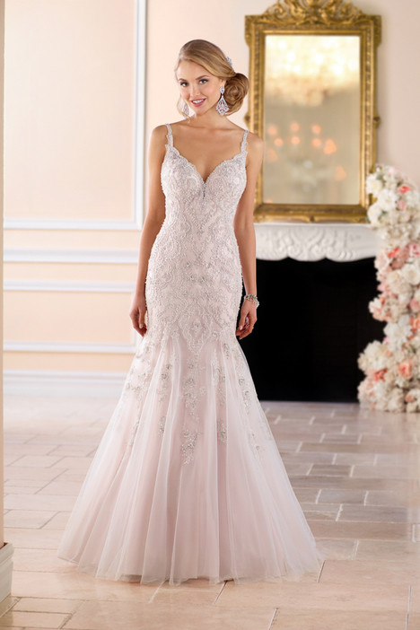 6406 gown from the 2017 Stella York collection, as seen on dressfinder.ca
