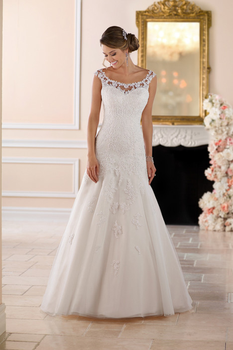 6427 gown from the 2017 Stella York collection, as seen on dressfinder.ca