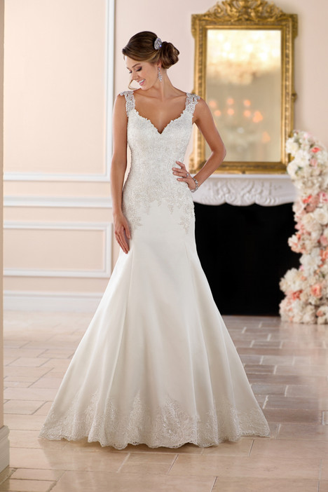 6416 gown from the 2017 Stella York collection, as seen on dressfinder.ca