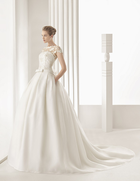Dallas (91107) Wedding                                          dress by Rosa Clara Couture