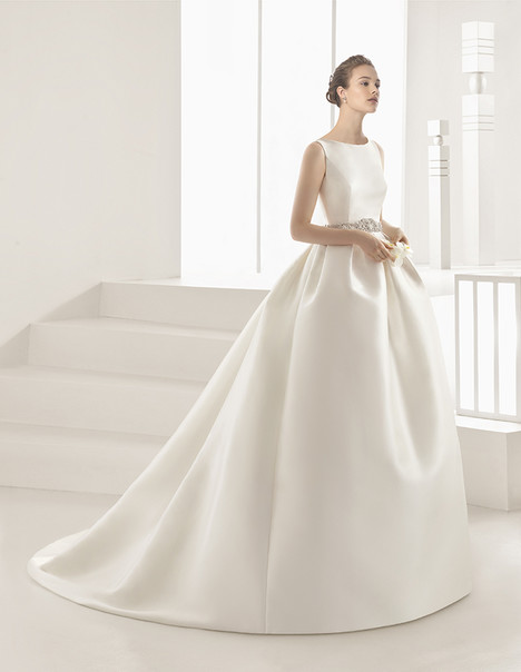Delfos (91132) Wedding                                          dress by Rosa Clara Couture
