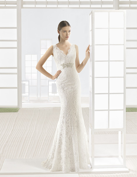 Vigo (9K240) Wedding                                          dress by Rosa Clara: Soft