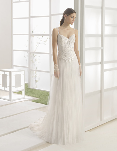 Wembley (1K130) gown from the 2017 Rosa Clara: Soft collection, as seen on dressfinder.ca