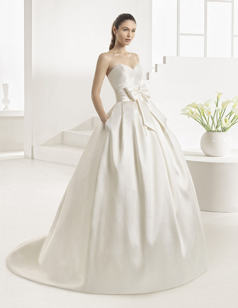 Enebro (9A149) Wedding                                          dress by Rosa Clara