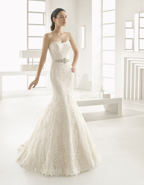 Estilo (9A182) Wedding                                          dress by Rosa Clara