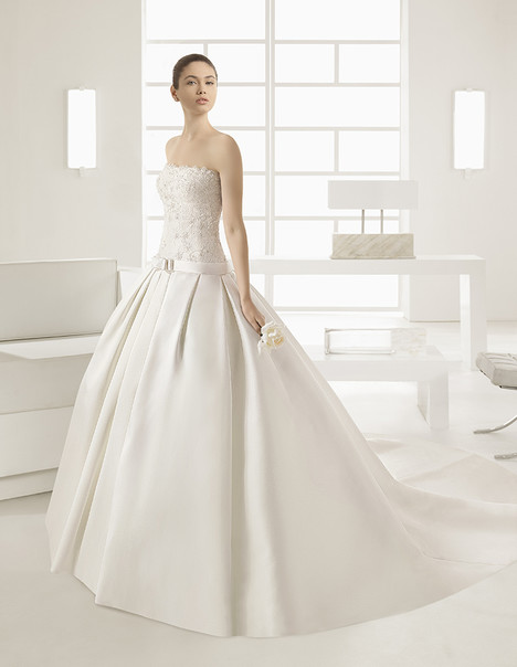 Mireia (7A166) Wedding                                          dress by Rosa Clara
